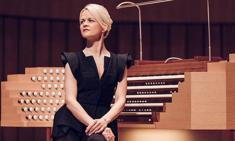 Iveta Apkalna solo