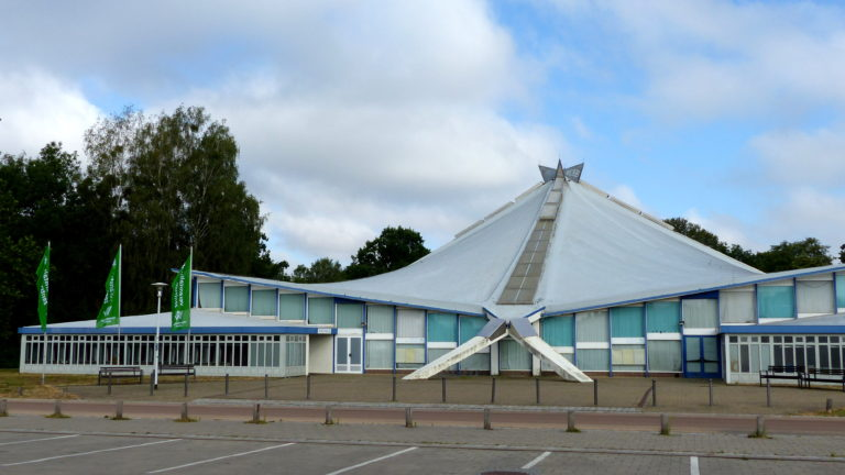 BAUSTELLE: Stadthalle Neubrandenburg
